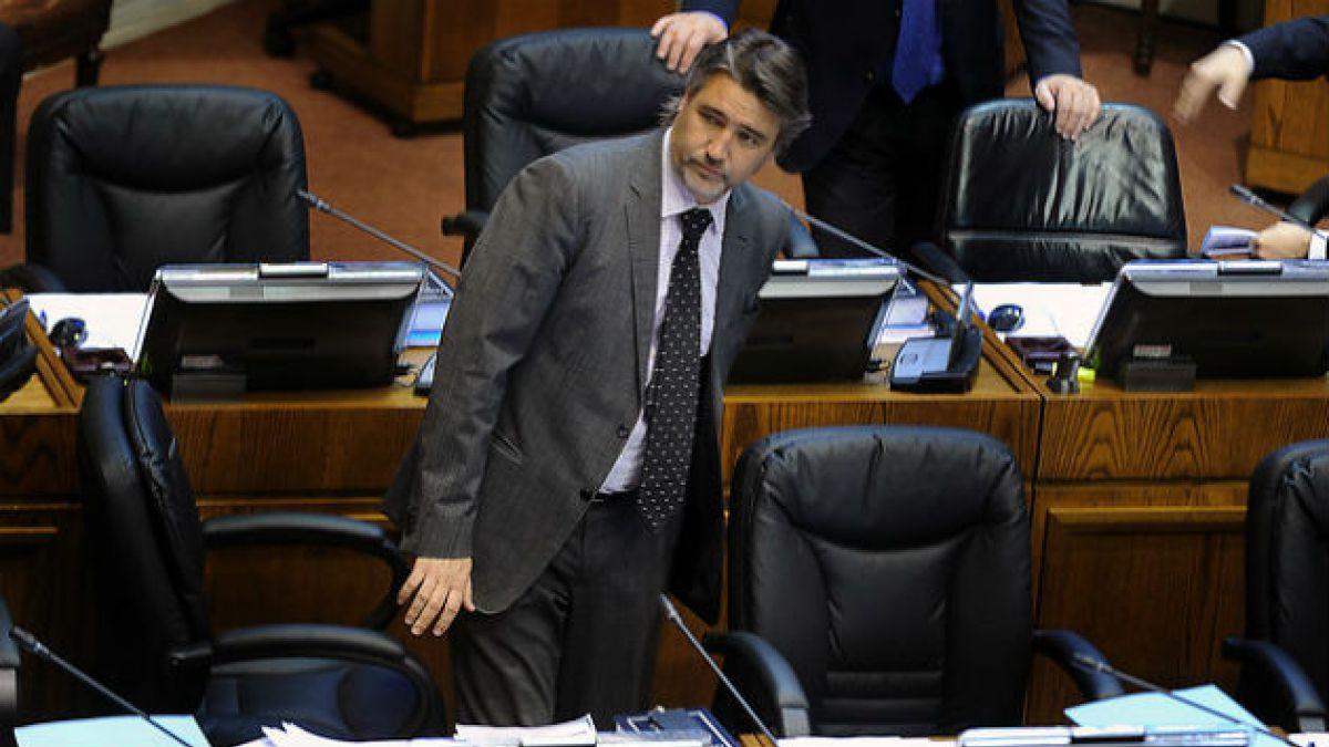 Fulvio Rossi (PS): Walker privilegia el perfilamiento de su partido en desmedro de la coalición