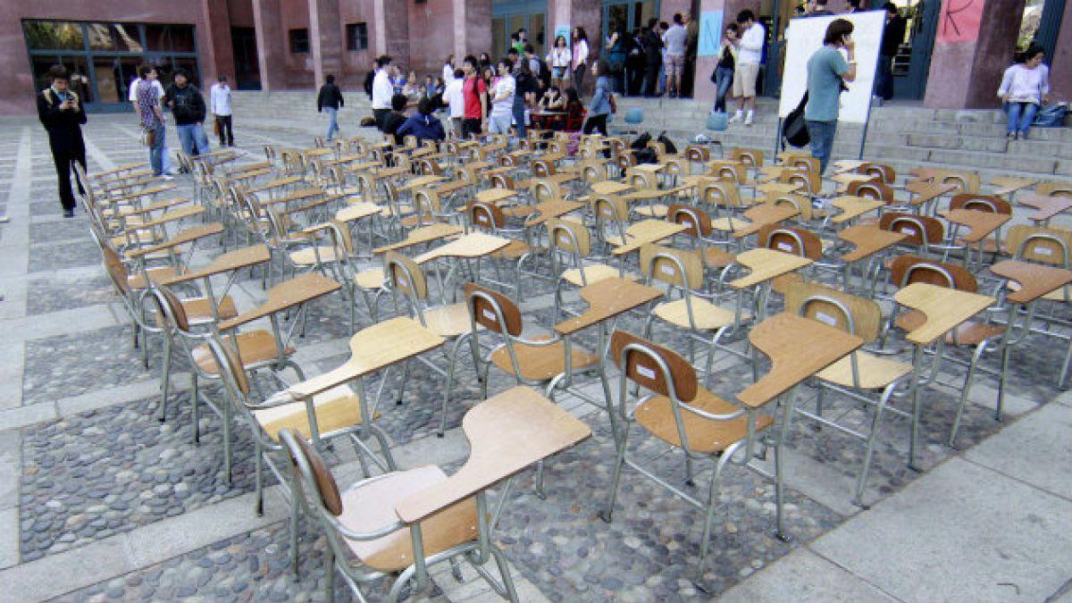 Nivel de gasto público en Educación Superior en Chile es el más bajo de los países de la OCDE