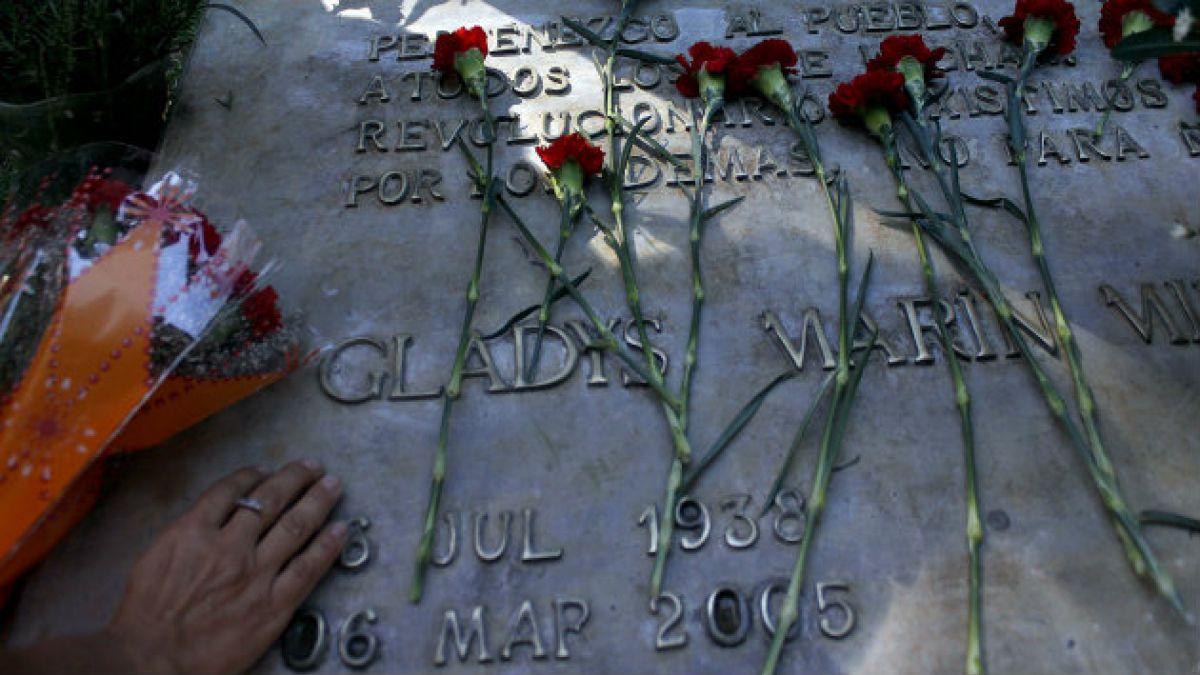 Diputados aprueban construcción de monumento en honor a Gladys Marín