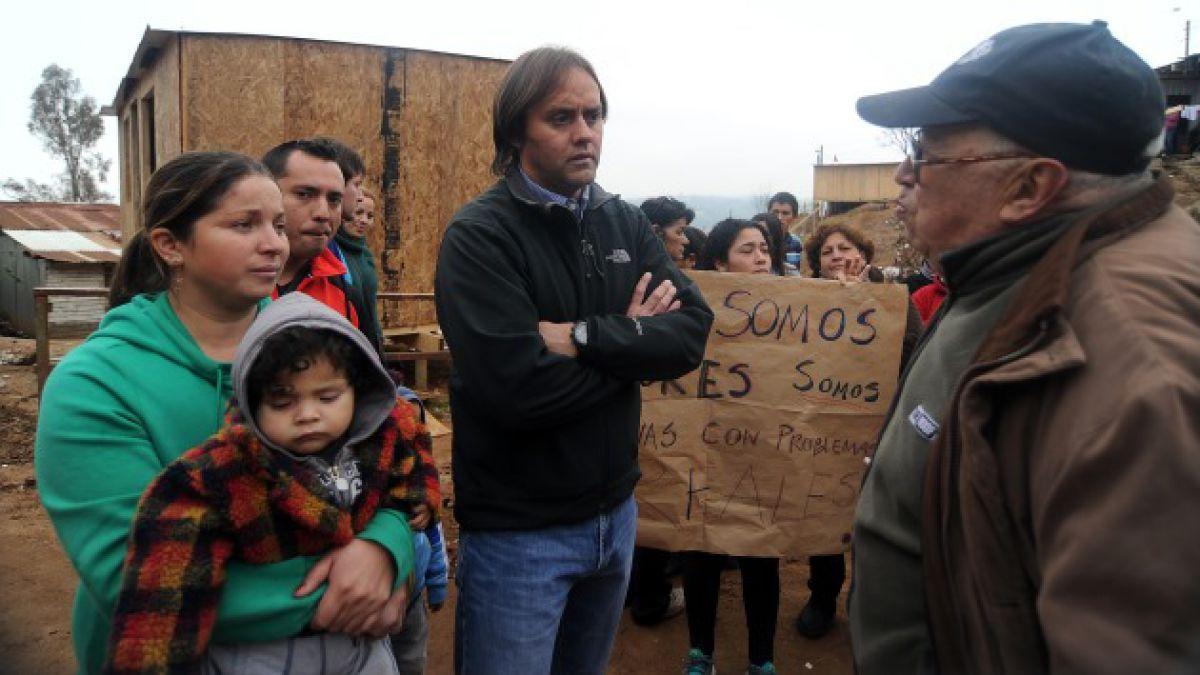 Diputado Godoy acusa acarreo de personas para ir a apoyar a Saball en la interpelación