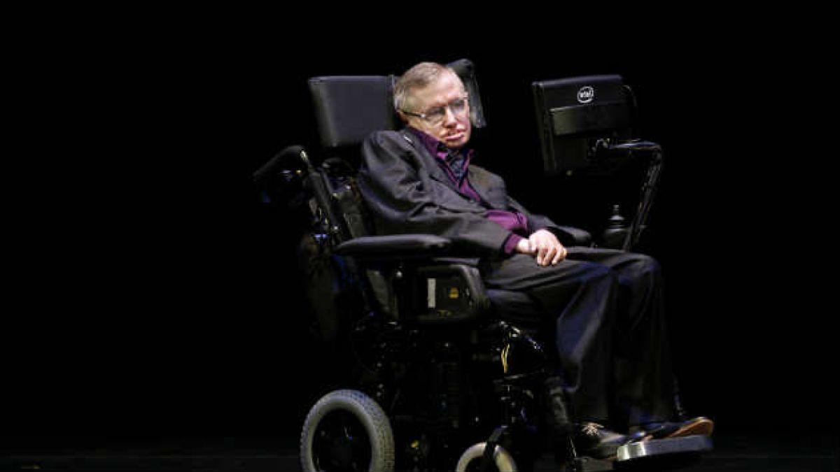 La fórmula de Stephen Hawking para que Inglaterra gane el mundial