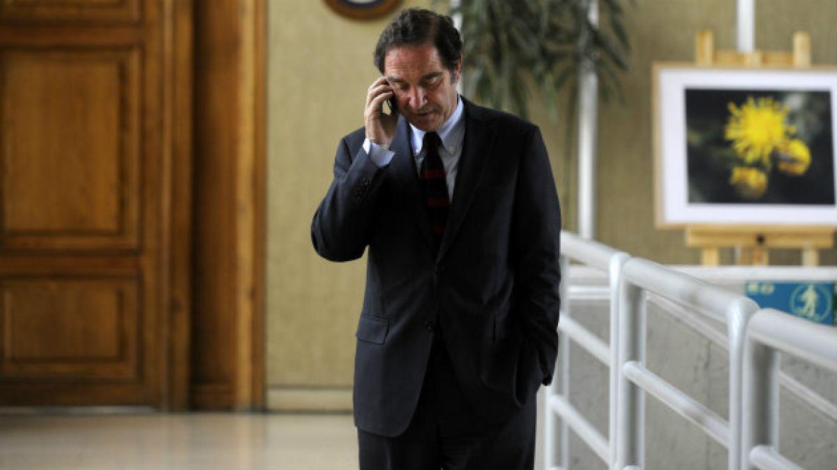 Hernán Larraín (UDI) responde a Boric y dice que acuerdo por tributaria sólo molesta a los totalita