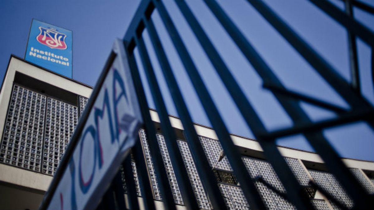 Arturo Fontaine: Los colegios emblemáticos son una vía de acceso a la elite