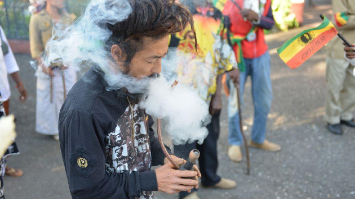 Jamaica despenalizaría el uso de la marihuana