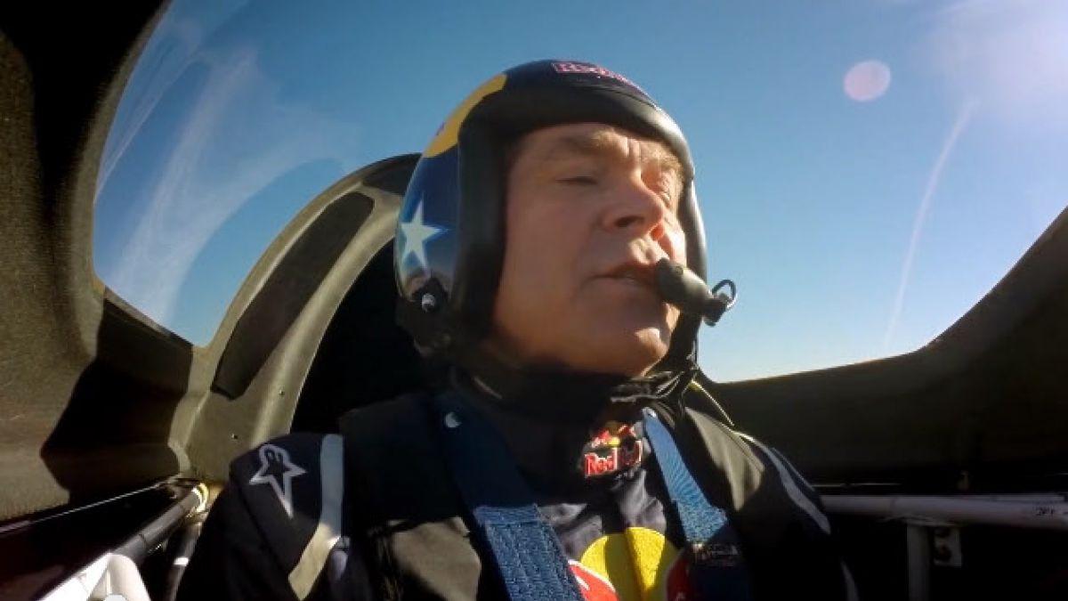 (VIDEO) Velocidad y destreza en el cielo de Texas