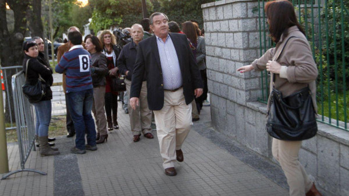 Se realiza careo entre ex alcalde Cristián Labbé y ex prisioneros de Tejas Verdes