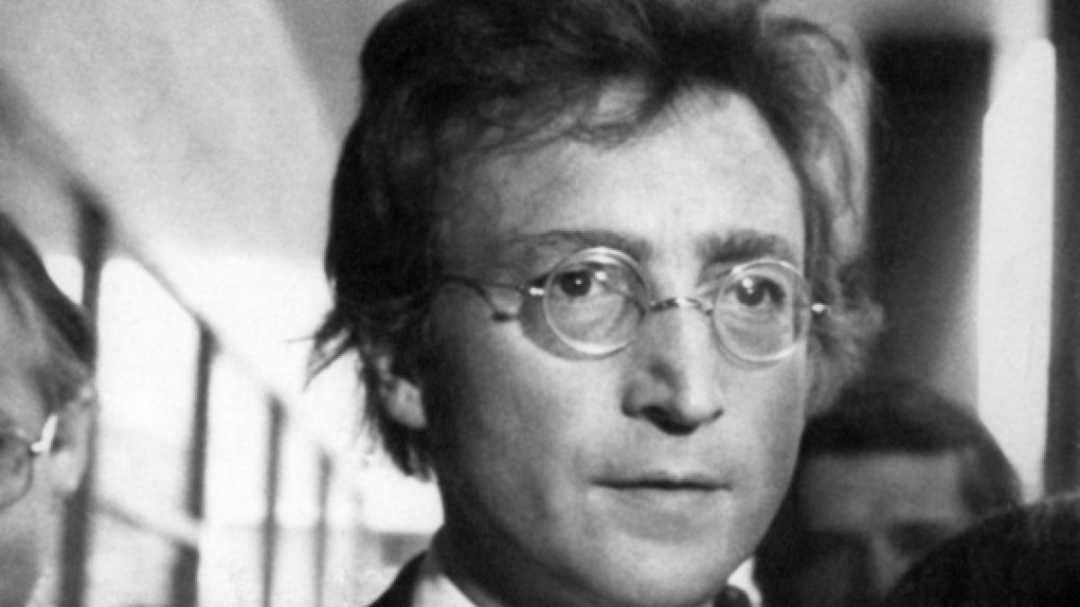 Por octava vez niegan libertad al asesino de John Lennon