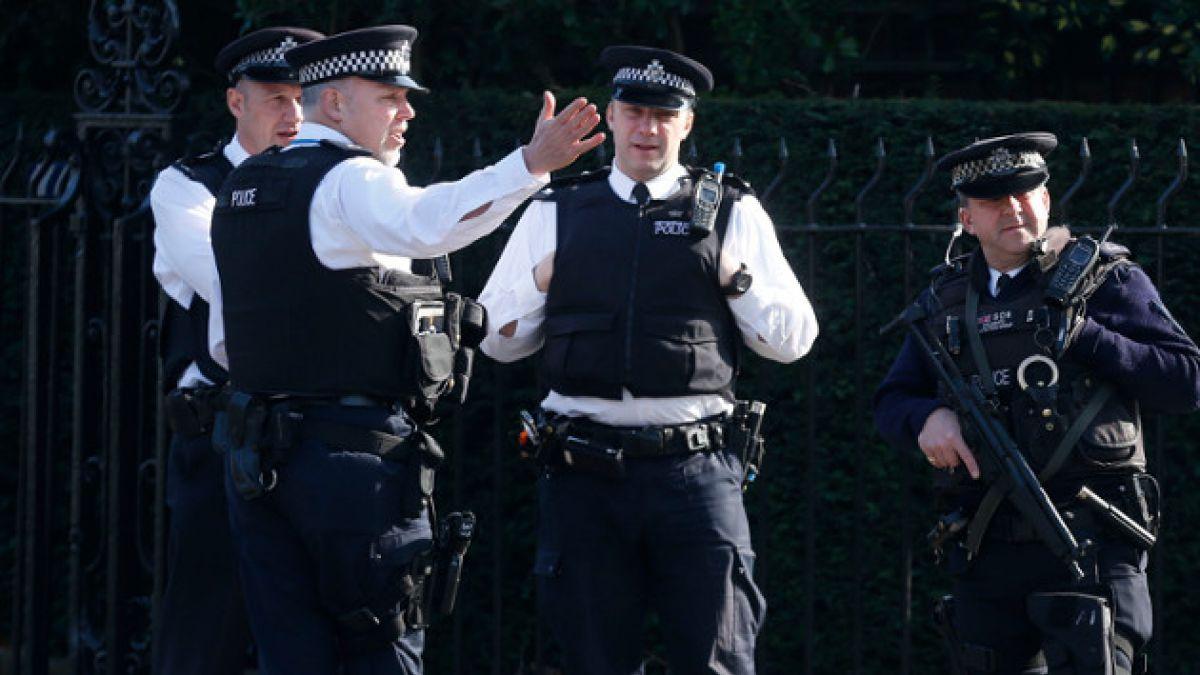 Colaborador de David Cameron detenido por poseer fotos de abuso infantil