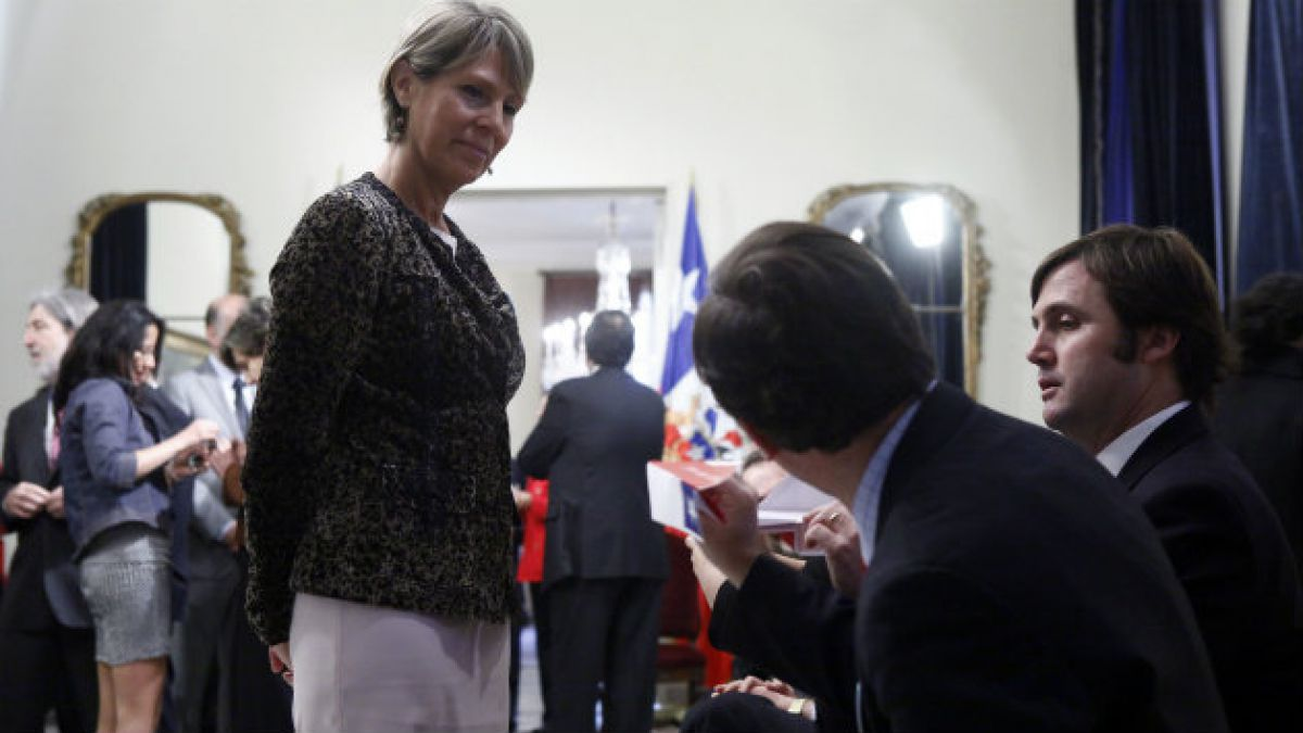 Lily Pérez advierte por interpelación a Saball: Que se vayan acostumbrando los ministros