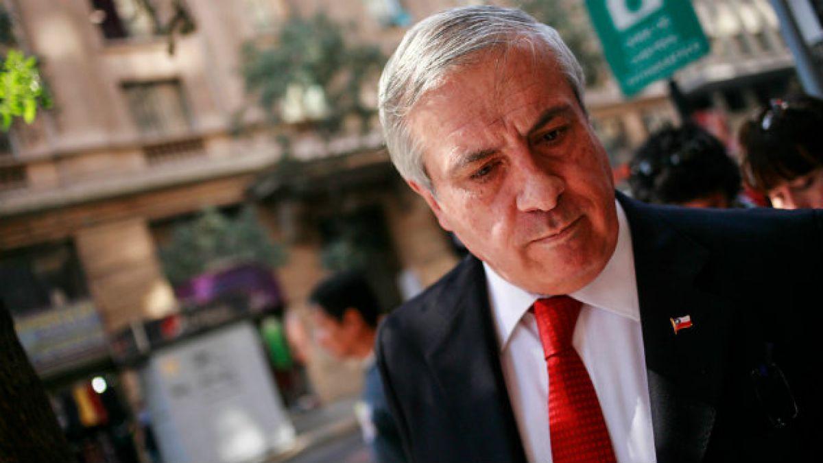 Ex ministro Mañalich logra conciliación con diputados que emprendieron querella por injurias