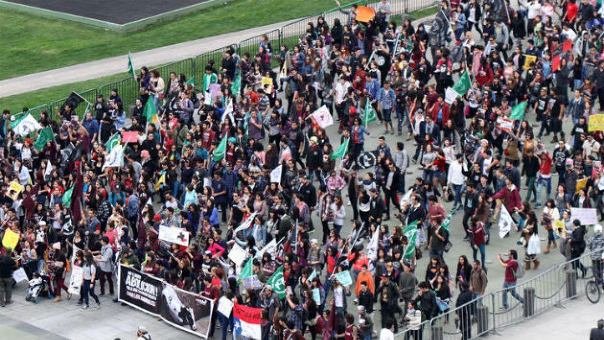 [FOTOS] Finaliza Gran marcha contra el rodeo marcada por alta convocatoria