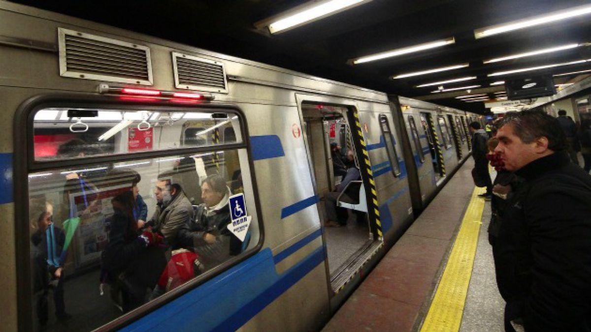 A un mes del atentado: Metro mantiene medida de basureros e imita experiencia internacional