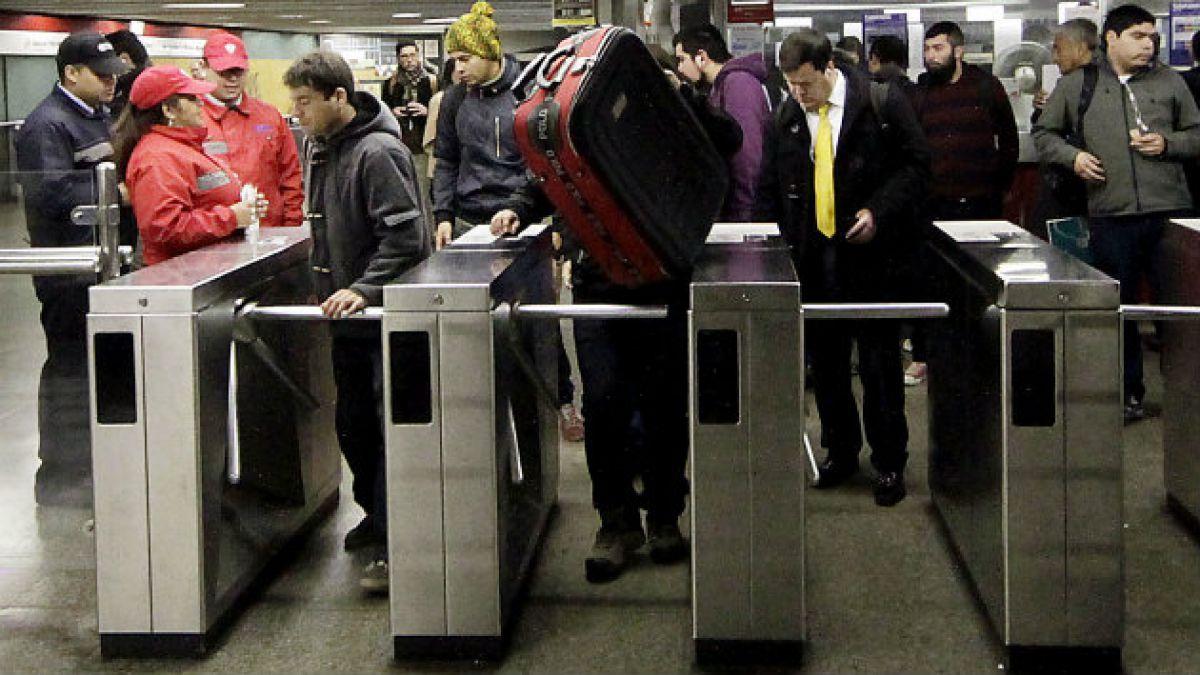 Corte de Apelaciones paraliza medida anti bultos del Metro