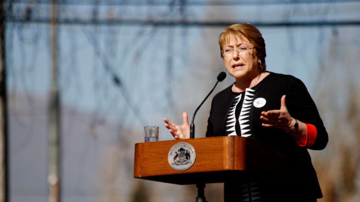 """Presidenta Bachelet: """"Estamos implementando medidas para reducir el impacto de la desaceleración"""""""