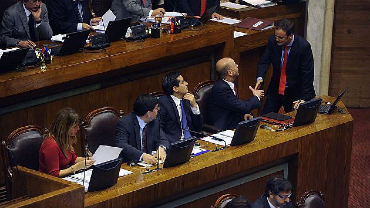 Cámara de Diputados aprueba eliminación del FUT y aumento del impuesto a las empresas