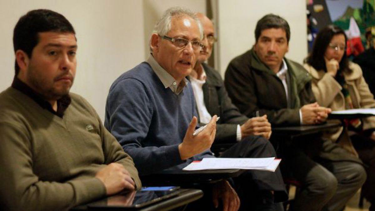 Alcaldes manifiestan preocupación porque proyecto de desmunicipalización pueda ser aplazado