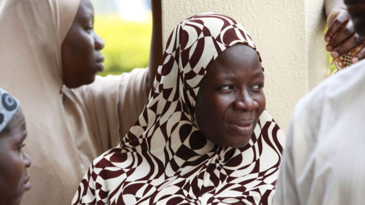 Al menos 100 niñas habrían sido secuestradas de una escuela en Nigeria