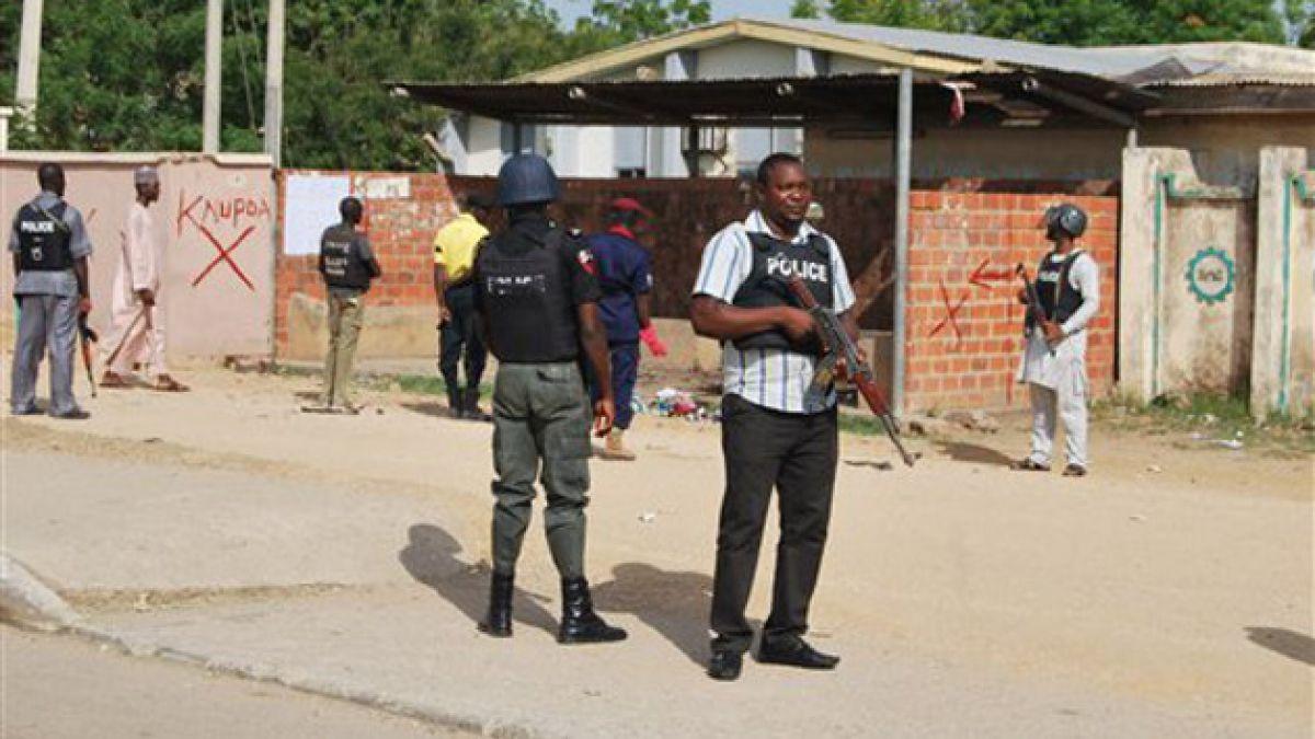 Nigeria: Arrestan a niña de 10 años con un cinturón de explosivos