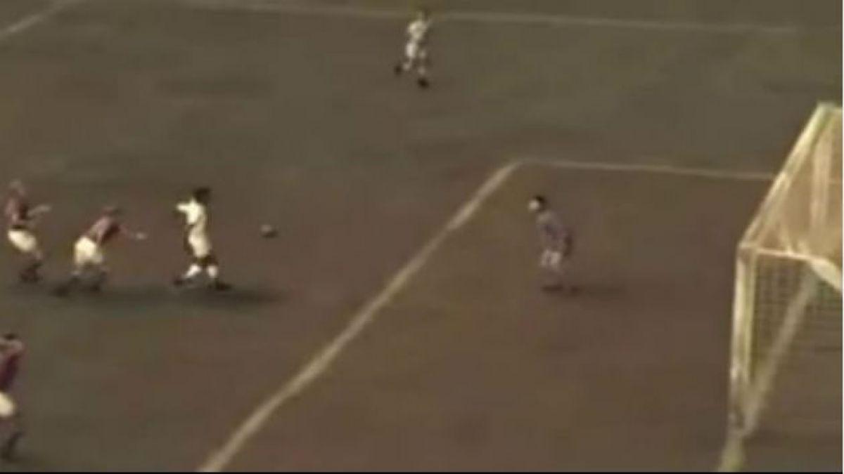 [VIDEO] El gol más hermoso de Pelé animado en 3D