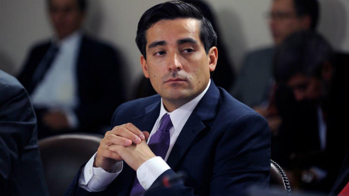 Peñailillo inicia ronda de reuniones en Europa y dice que el terrorismo no tiene cabida en Chile