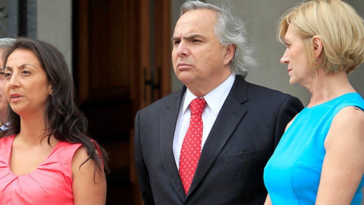 Ex ministros de Piñera defienden su legado y acusan al actual gobierno de ignorancia