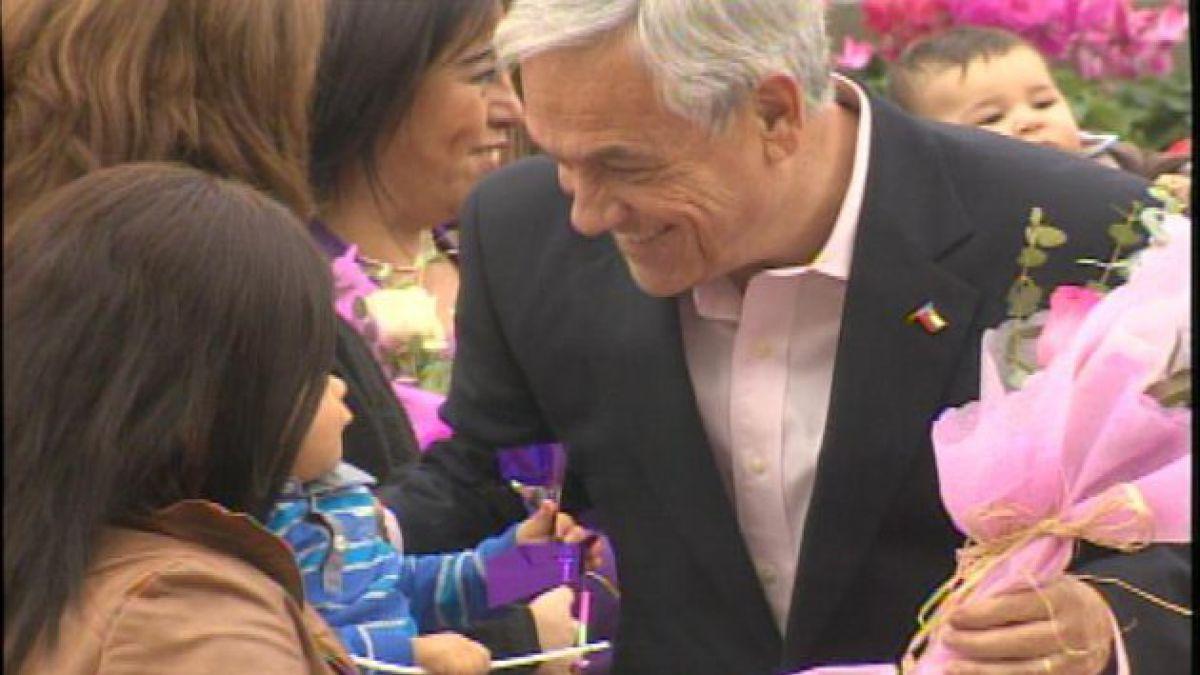 Presidente celebró Día de la Madre en La Moneda