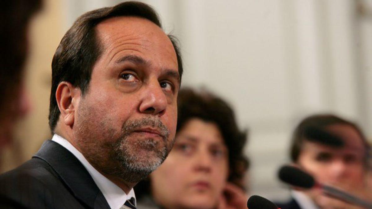 Nueva Mayoría evalúa acusar constitucionalmente al contralor tras dichos sobre el gobierno