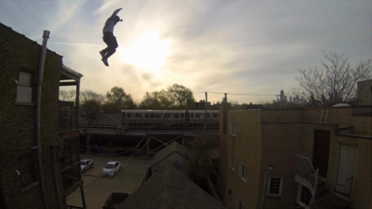 [VIDEO] Hombre salta al vacío y lo registra con cámara Go Pro