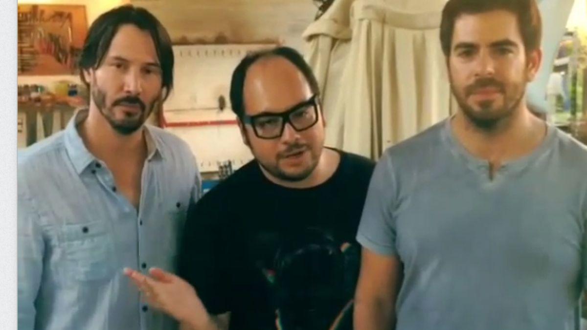 VIDEO: El curioso saludo de Keanu Reeves a Valparaíso
