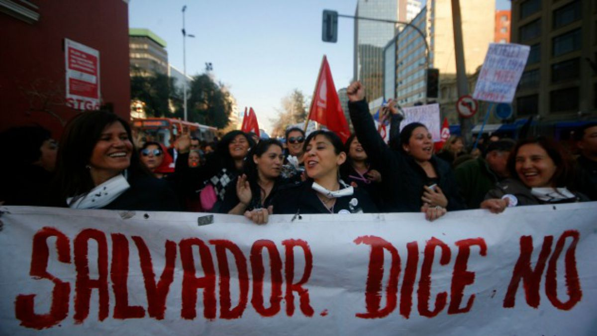Luego de 28 días concluye paro en el Hospital del Salvador tras acuerdo con el gobierno