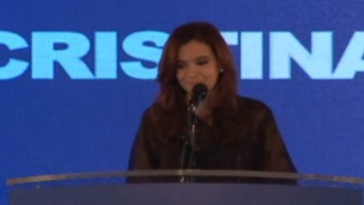 Presidenta Cristina Fernández recibe alta médica