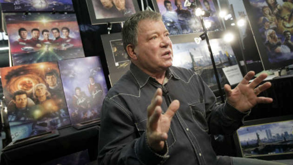 William Shatner desmiente participación en exposición en Chile
