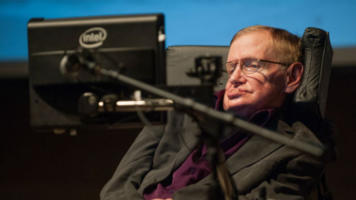Stephen Hawking: No hay ovnis, la vida en la Tierra surgió de forma espontánea