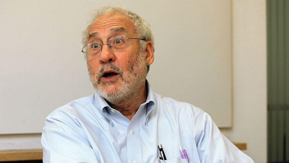 Nobel de Economía y Argentina: Esto es EE.UU. lanzando una bomba al sistema económico global