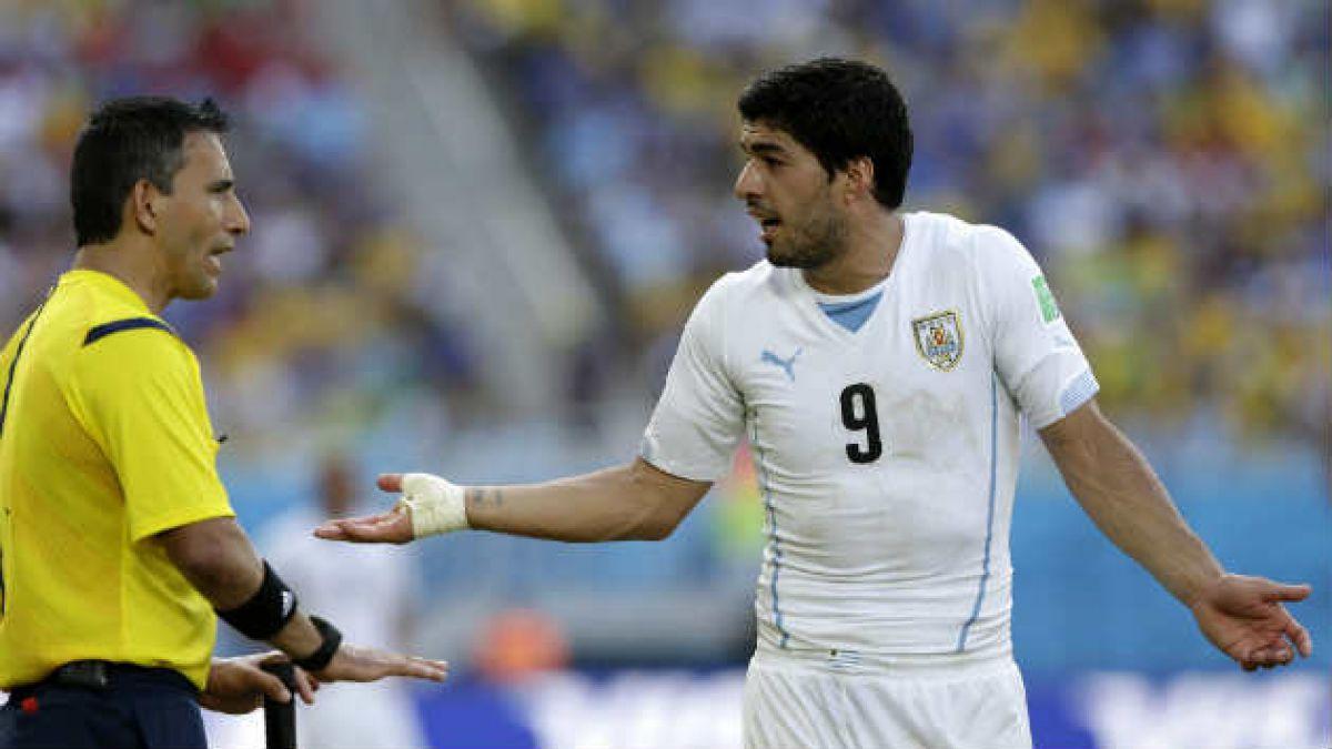 El castigo de la Fifa a Luis Suárez paso a paso