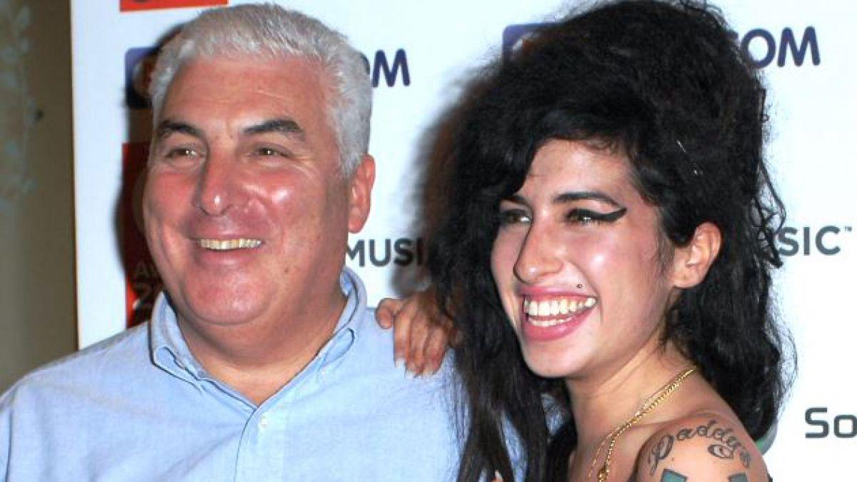 El padre de Amy Winehouse sacará un nuevo álbum inspirado en su hija