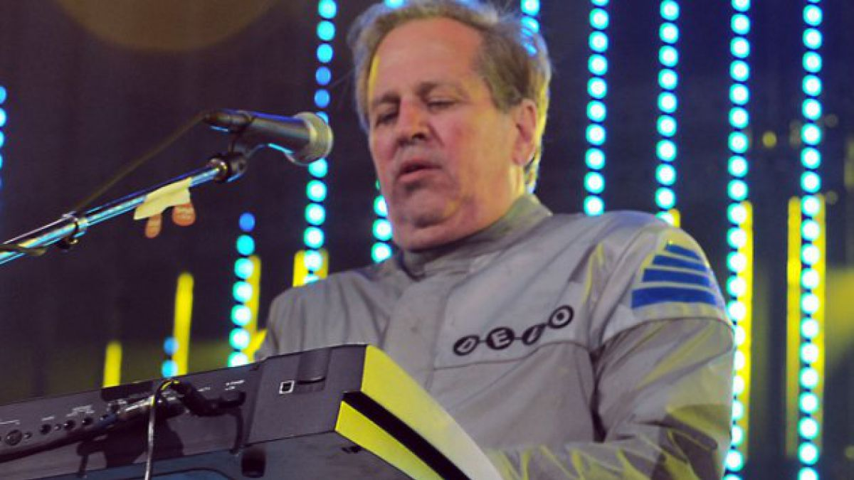 Falleció Bob Casale, guitarrista fundador de Devo