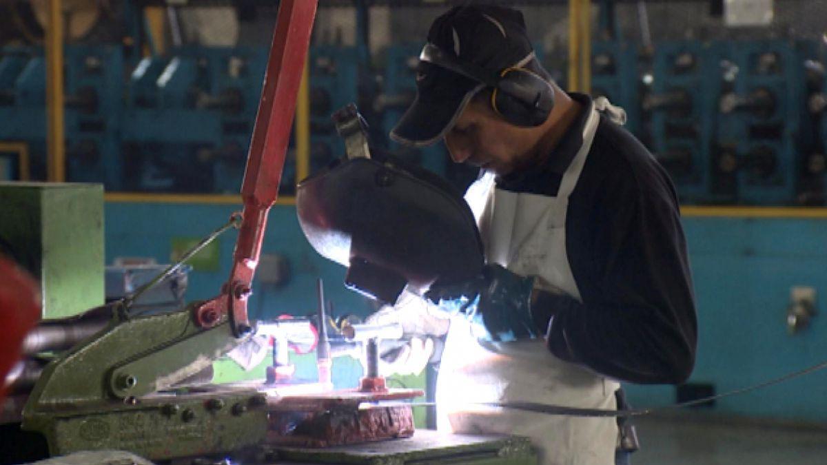 Actividad económica se acerca a sumar 7 trimestres con crecimiento bajo 3%