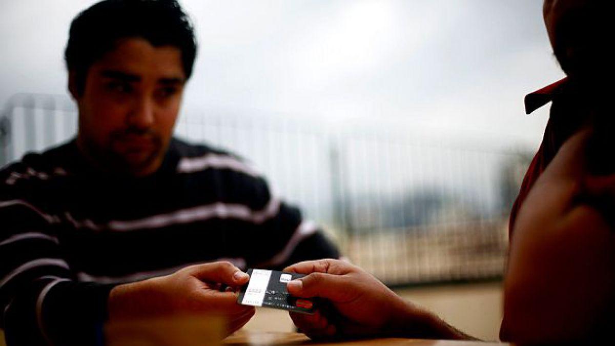 El endeudamiento juvenil en cifras:  37% de los jóvenes tiene deudas, créditos o préstamos a su nomb