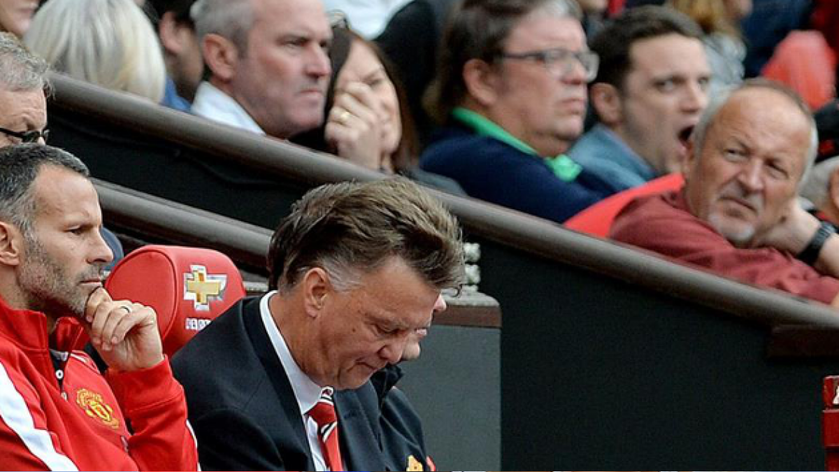 La era Van Gaal comienza con derrota para el Manchester United