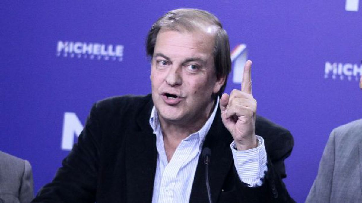 Bachelet designó a Francisco Vidal y Andrea Repetto como directores de BancoEstado