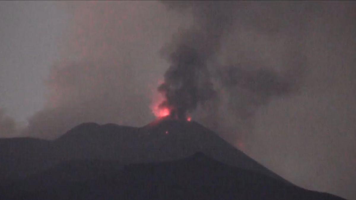 [VIDEO] La erupción del volcán Etna, el más poderoso de Europa