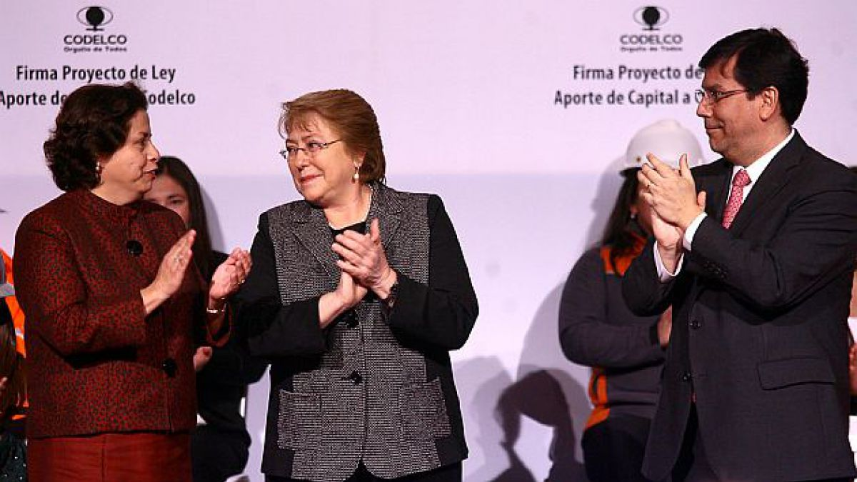 Bachelet firma proyecto que capitaliza Codelco: Se busca poner fin a la incertidumbre sobre su fut