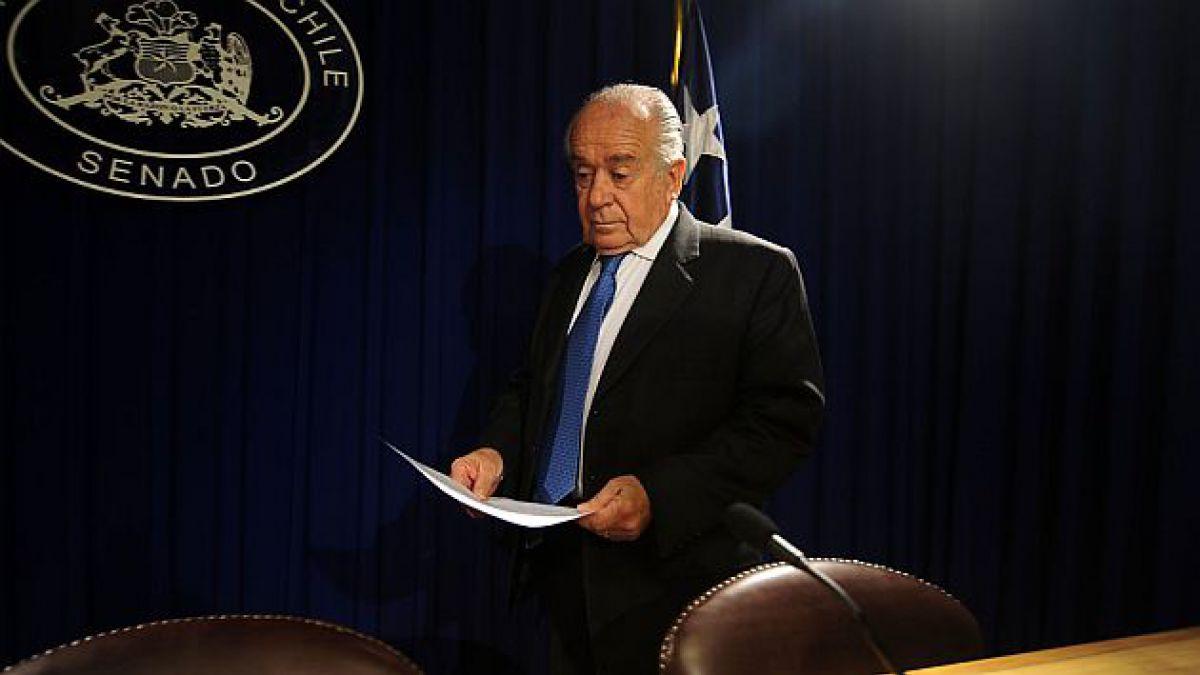 Senador Zaldívar dice que el impuesto a los combustible requiere una revisión a fondo
