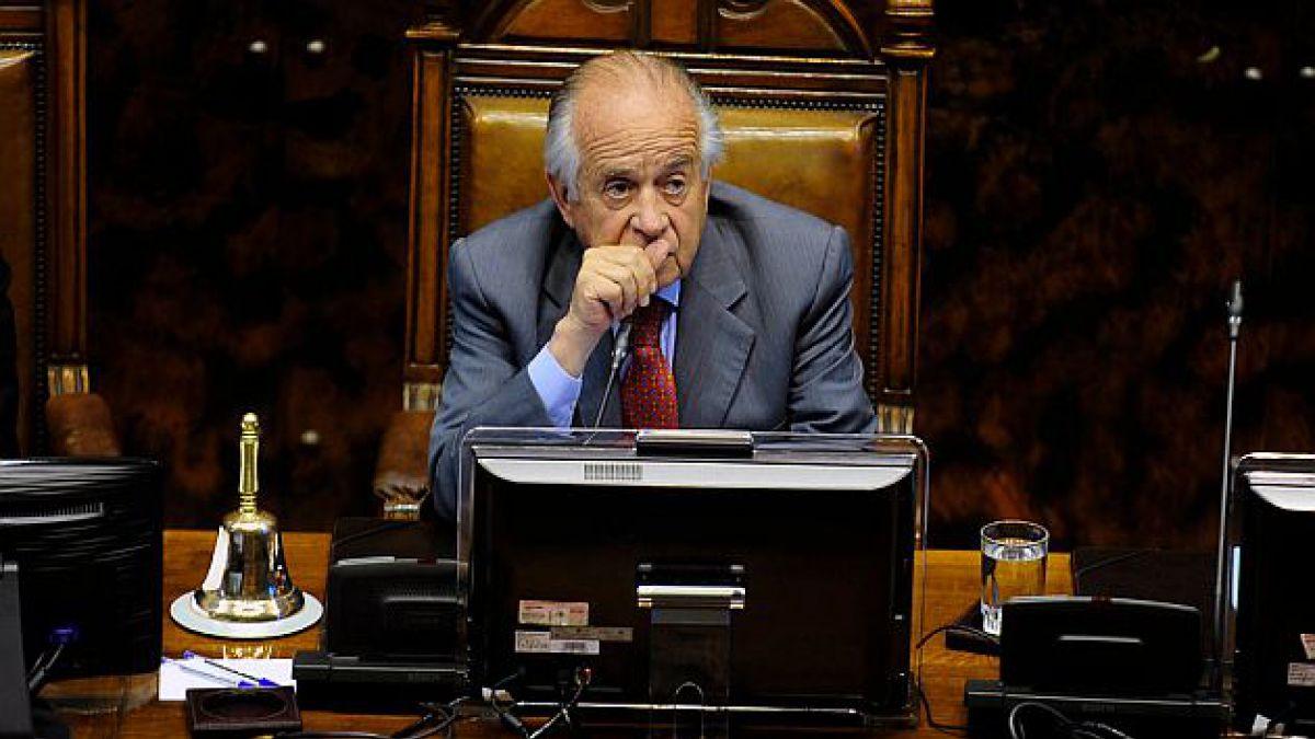 Senador Zaldívar: Hay que sacarle de la cabeza a la gente que Chile está en crisis