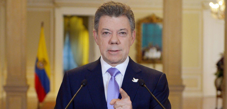 Presidente Santos anuncia que las FARC liberarían a general cautivo la próxima semana