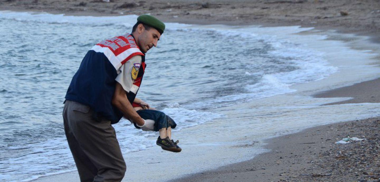 El niño en la playa turca y el periodista como testigo