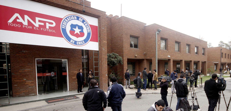 15 preguntas que nos hacemos en medio de la gran crisis del fútbol chileno