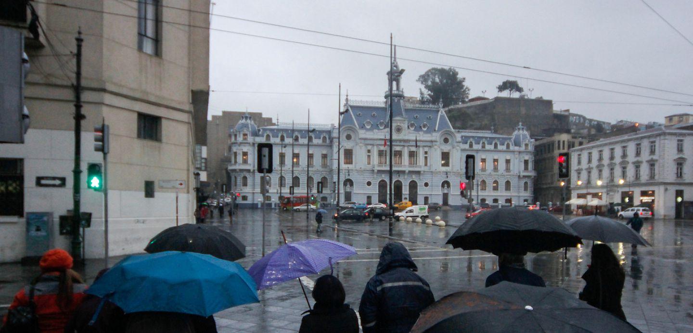 Valparaíso: suspenden actividades para festividad de San Pedro por frente de mal tiempo