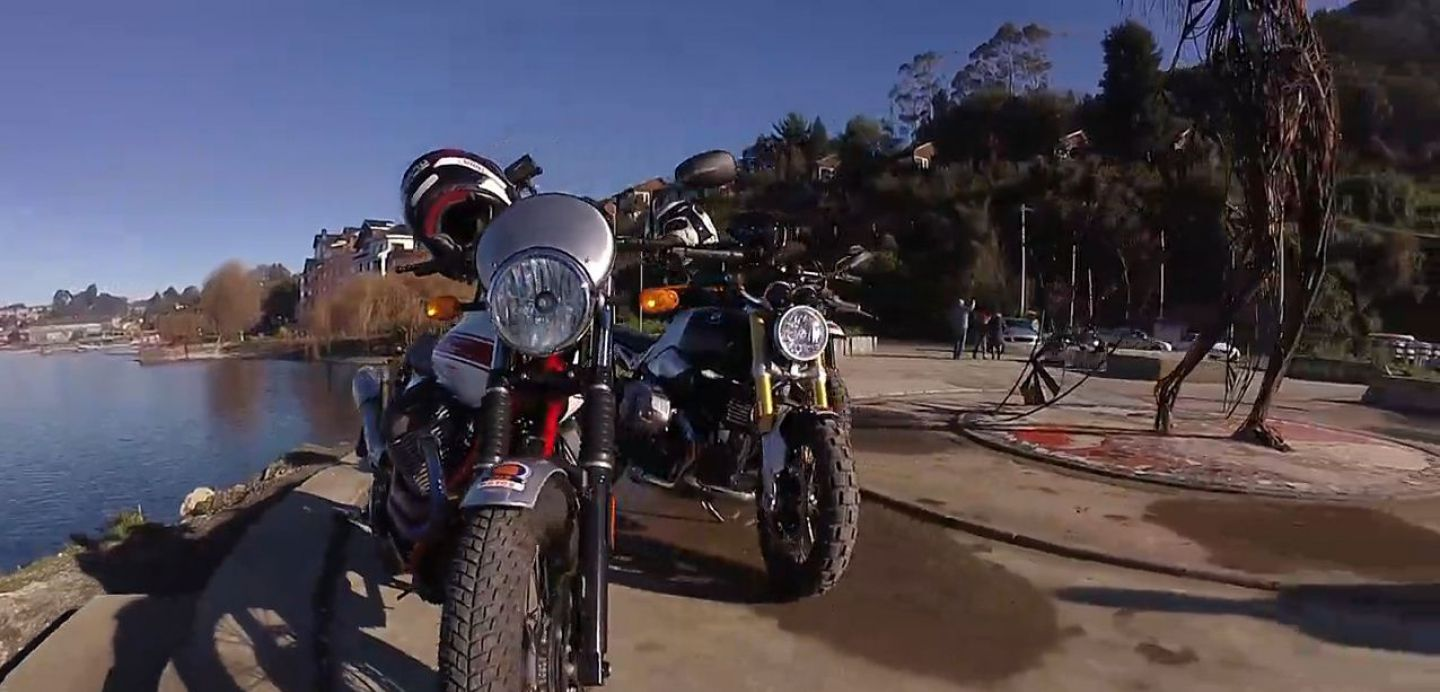 d1064f4cc70  VIDEO  Jeremías Israel y tres espectaculares motos retro recorren el sur  de Chile